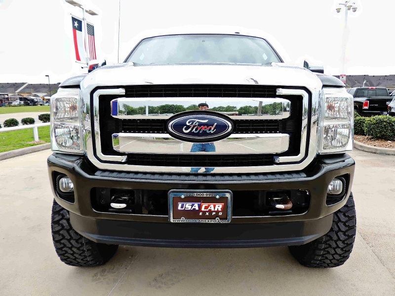 Ford F-250 Lariat 4X4 Lifted 2012 price $32,900