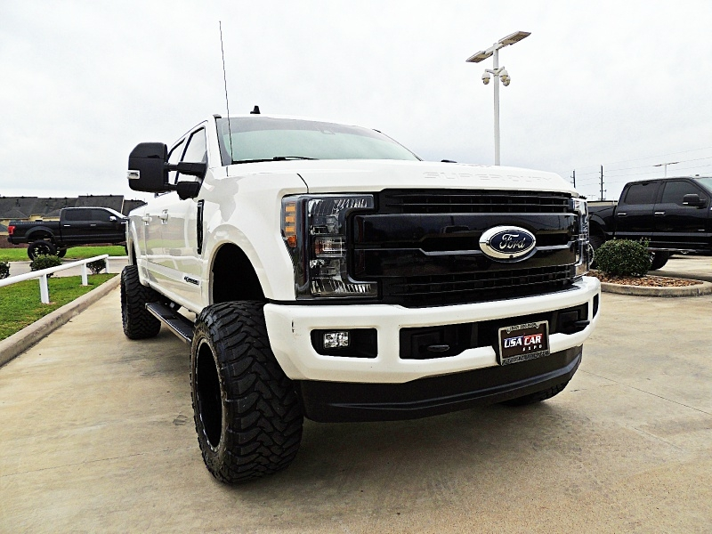 Ford F-250 Lariat 4X4 Lifted 2019 price $59,900