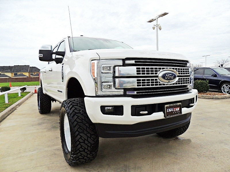 Ford F-250 Platinum 4X4 Lifted 2017 price $59,990