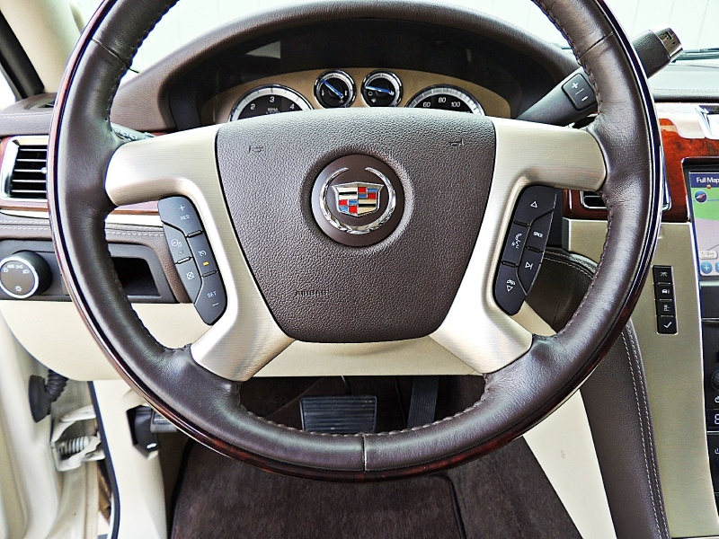 Cadillac Escalade 2013 price $29,900