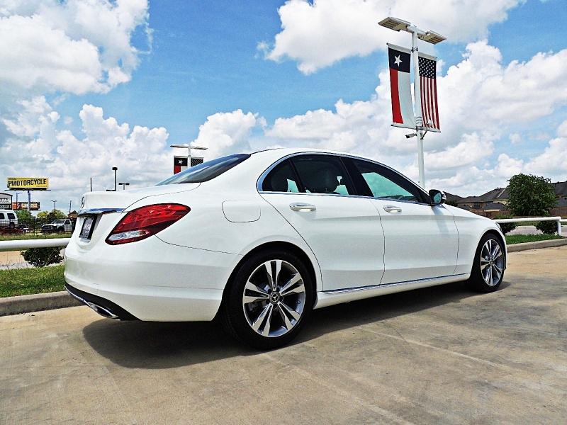 Mercedes-Benz C-Class 2017 price $20,900