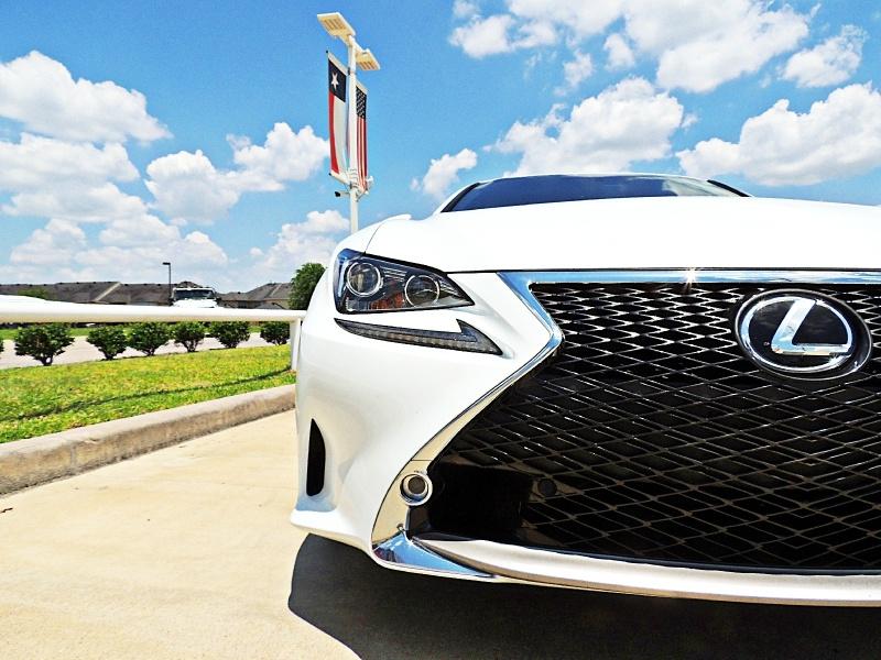 Lexus RC 200t 2016 price $28,750