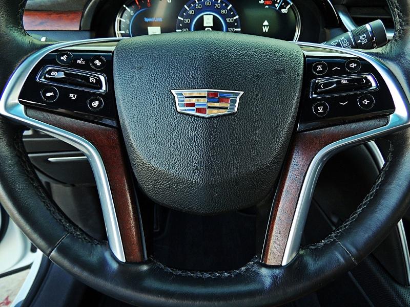 Cadillac XTS 2017 price $24,850
