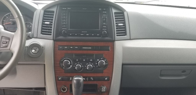JEEP GRAND CHEROKEE 2006 price Call for Pricing.