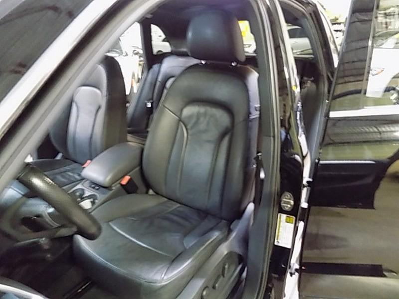 Audi Q5 2009 price $9,995 Cash