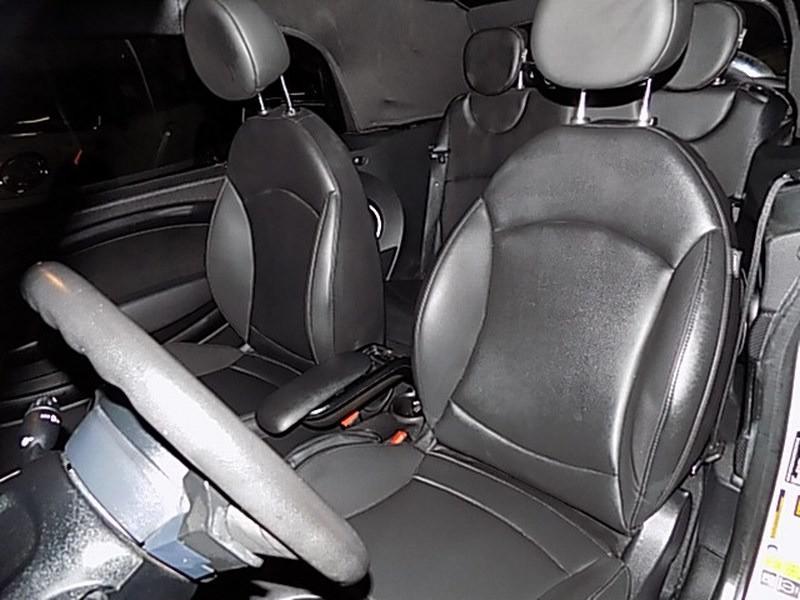 Mini Cooper Convertible 2014 price $11,495 Cash