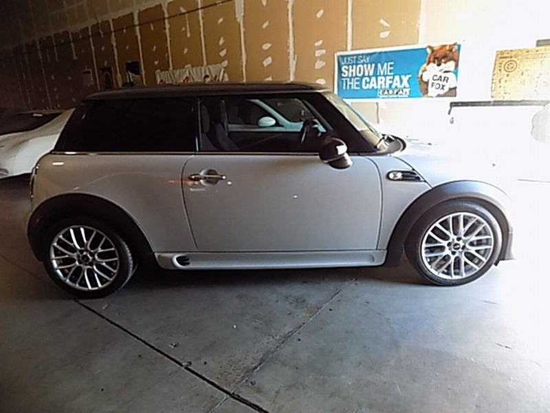 Mini Cooper Hardtop 2013 price $9,495 Cash