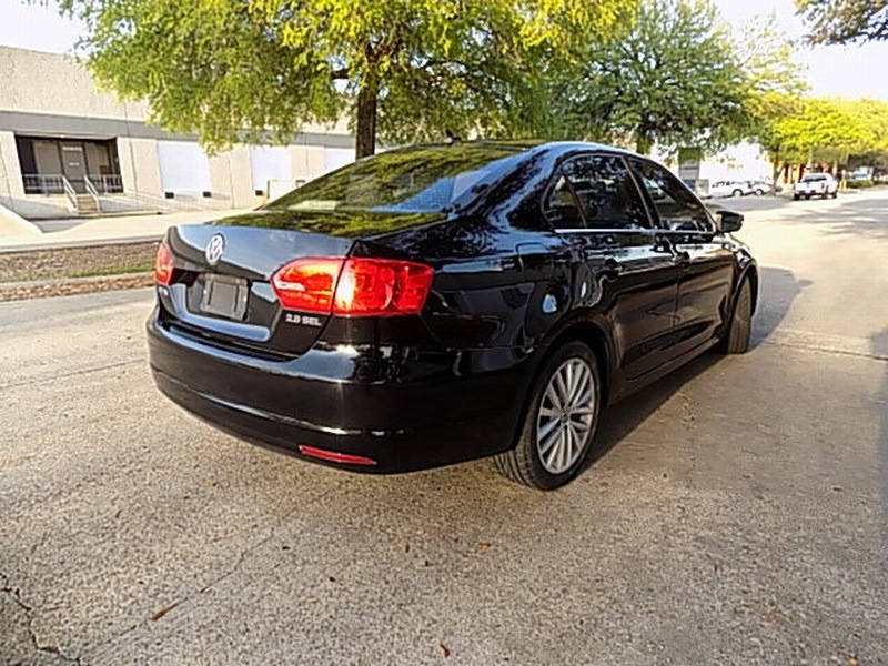 Volkswagen Jetta Sedan 2013 price $8,995 Cash