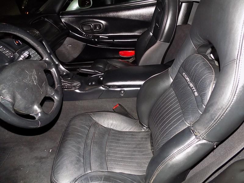 Chevrolet Corvette 2001 price $14,995 Cash