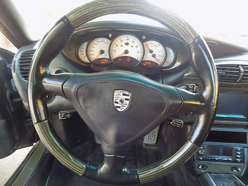 Porsche 911 Carrera 2000 price $15,995 Cash