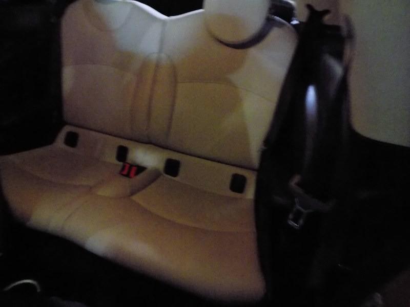 Mini Cooper Hardtop 2011 price $6,995