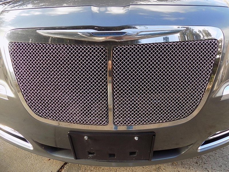 Chrysler 300C HEMI 2012 price $14,995