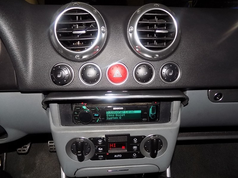 Audi TT 2002 price $6,995 Cash