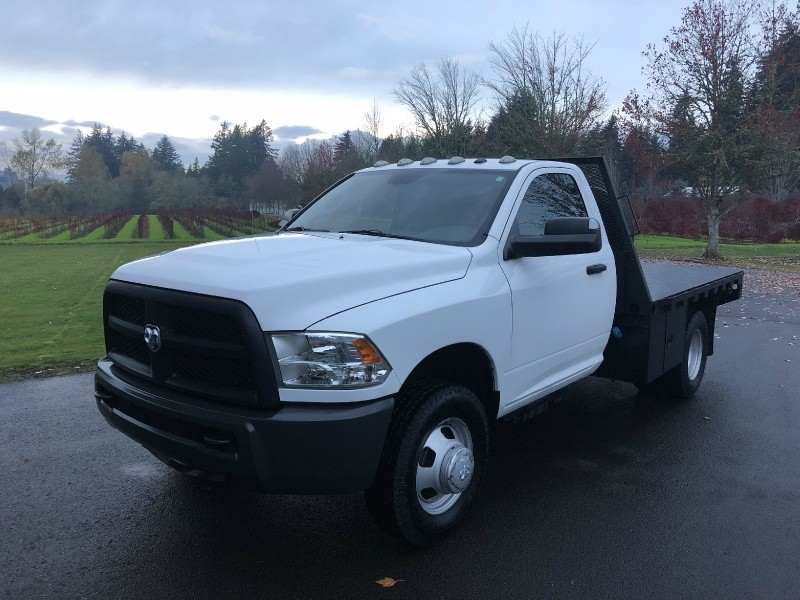 RAM 3500 6.7 Cummins Diesel 9'5 Flatbed 4x4 2014 price $30,900