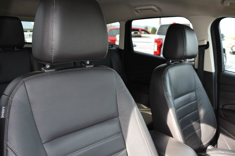 Ford Escape 2013 price $10,950