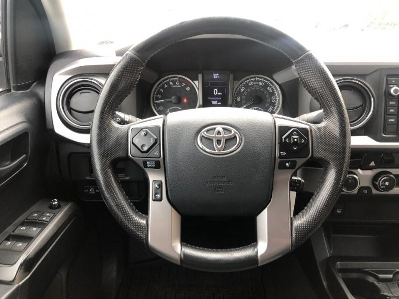Toyota Tacoma 2016 price $33,950