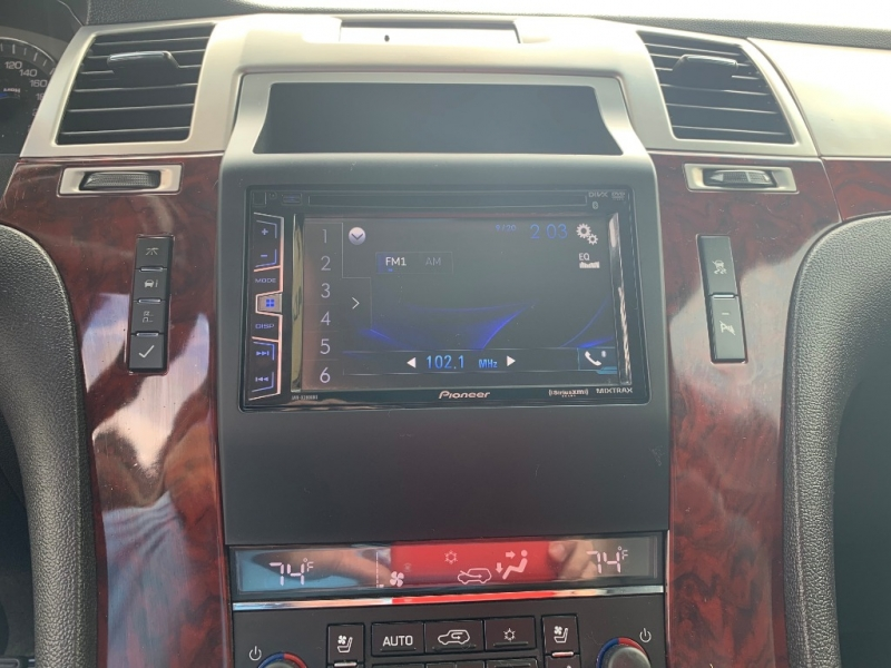 Cadillac Escalade 2007 price $17,950