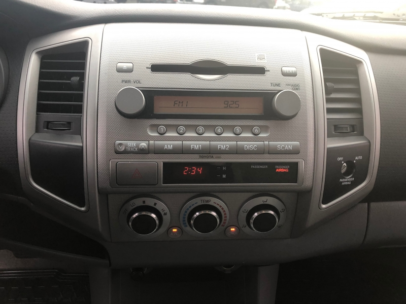 Toyota Tacoma 2005 price $9,450