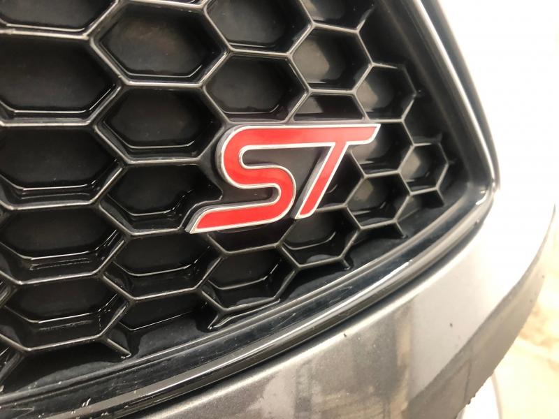 Ford Focus 2016 price $17,950