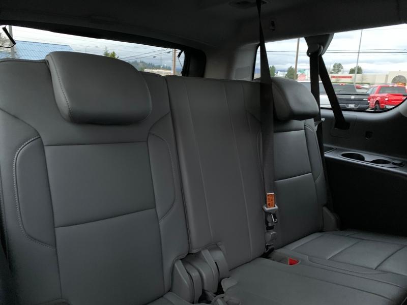 Chevrolet Suburban 2018 price $46,950
