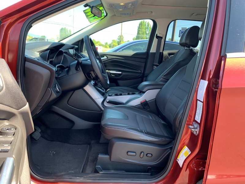 Ford Escape 2015 price $12,950