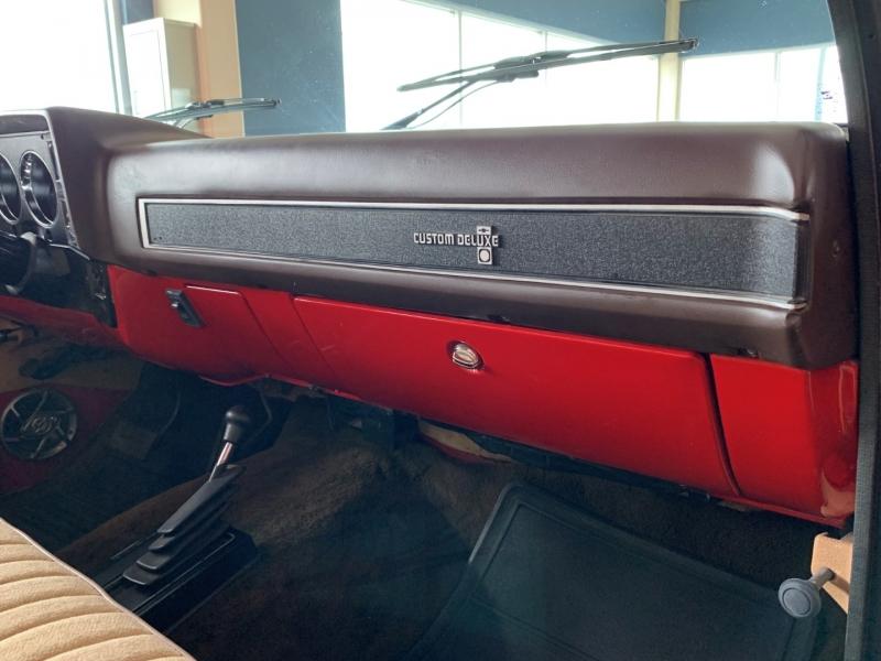 Chevrolet 1/2 Ton Custom Deluxe 1987 price $29,500