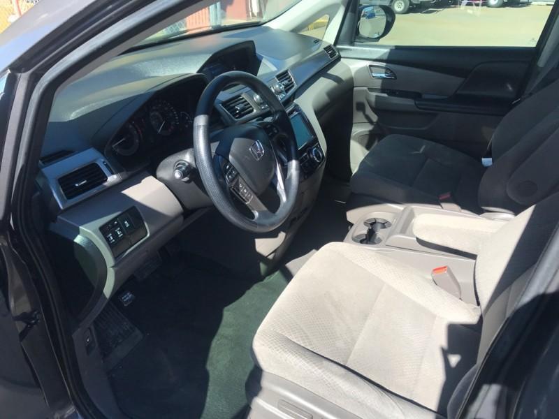 Honda Odyssey 2016 price $27,400