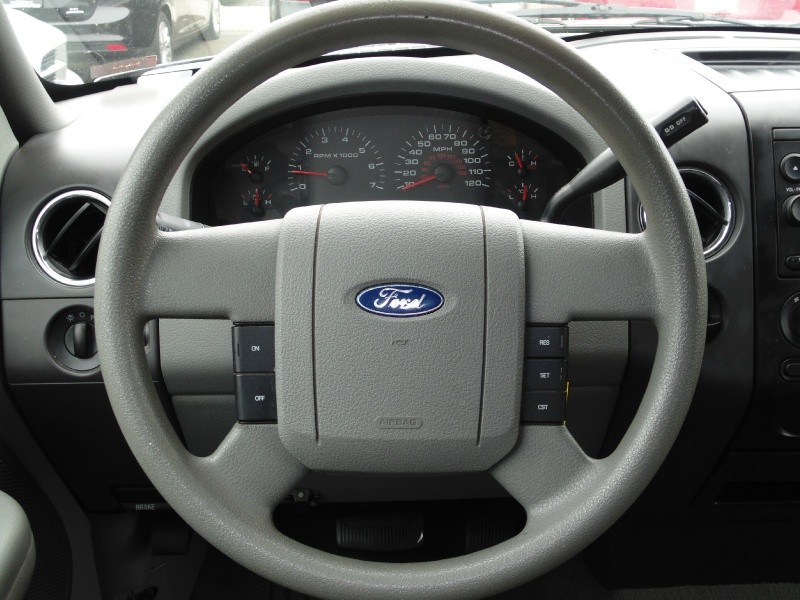 Ford F-150 2006 price $6,395