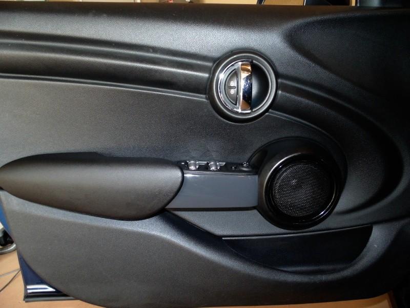 Mini Cooper Hardtop 4 Door 2015 price $11,995