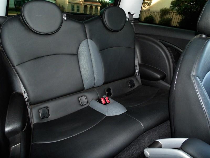 Mini Cooper S Hardtop 2009 price $7,450