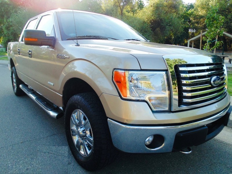Ford f-150 4WD SuperCrew XLT 2012 price $13,995
