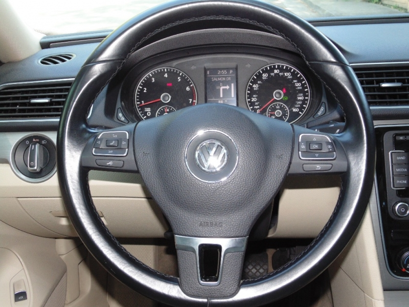 Volkswagen Passat TSI SE 2014 price $11,550