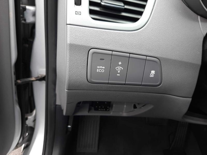 Hyundai Elantra 2014 price $8,400