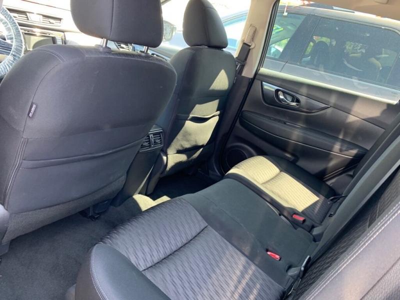 Nissan Rogue 2018 price $17,900