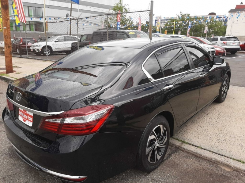 Honda Accord 2017 price $17,500