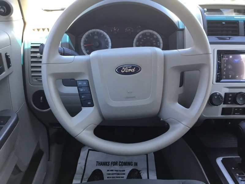 Ford Escape 2009 price $7,995