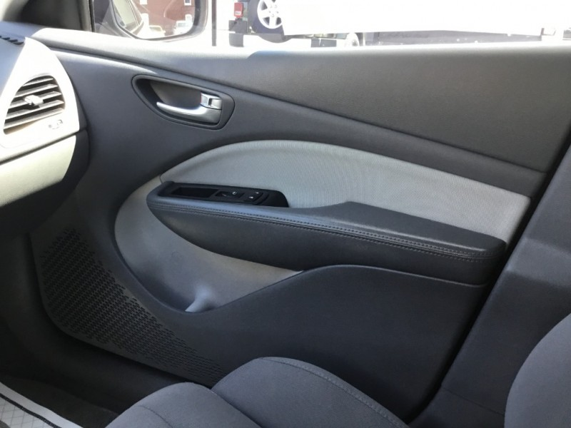 Dodge Dart 2013 price $8,995