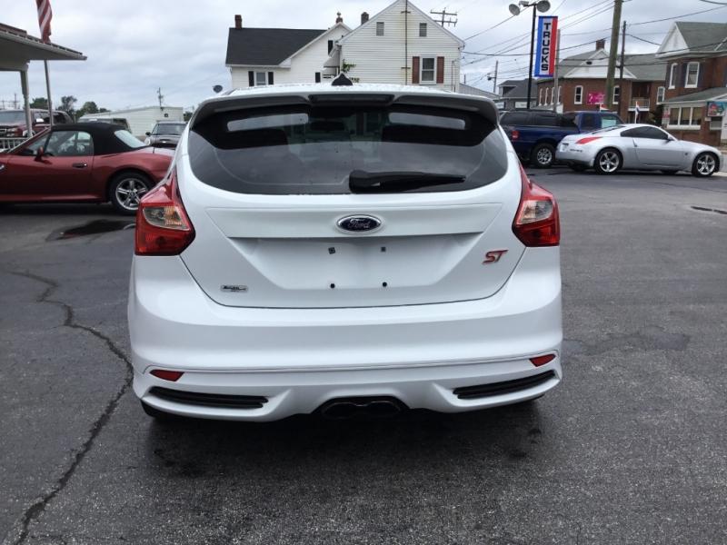 Ford Focus 2013 price $16,995