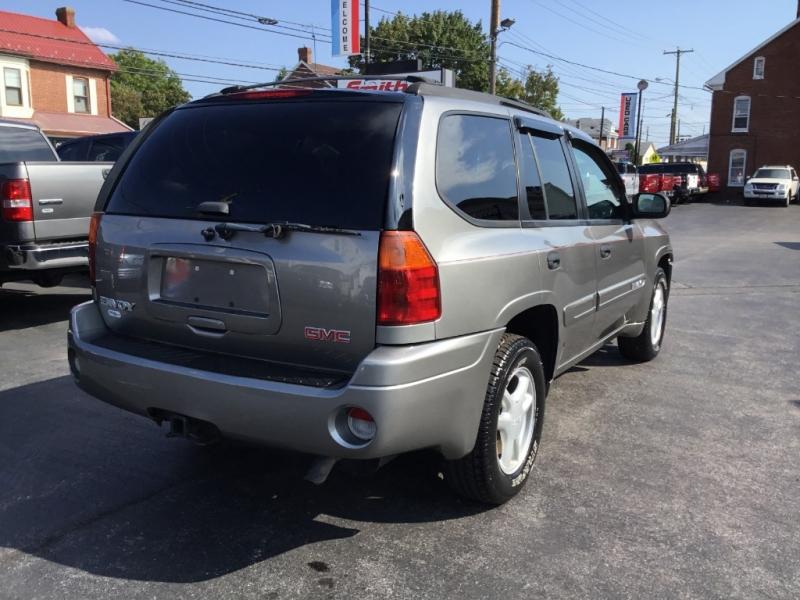 GMC Envoy 2005 price $5,995