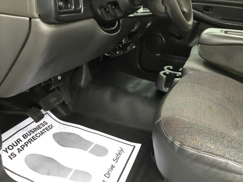 Chevrolet Silverado 3500 2005 price $8,995