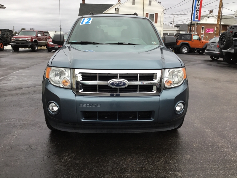 Ford Escape 2012 price $8,995