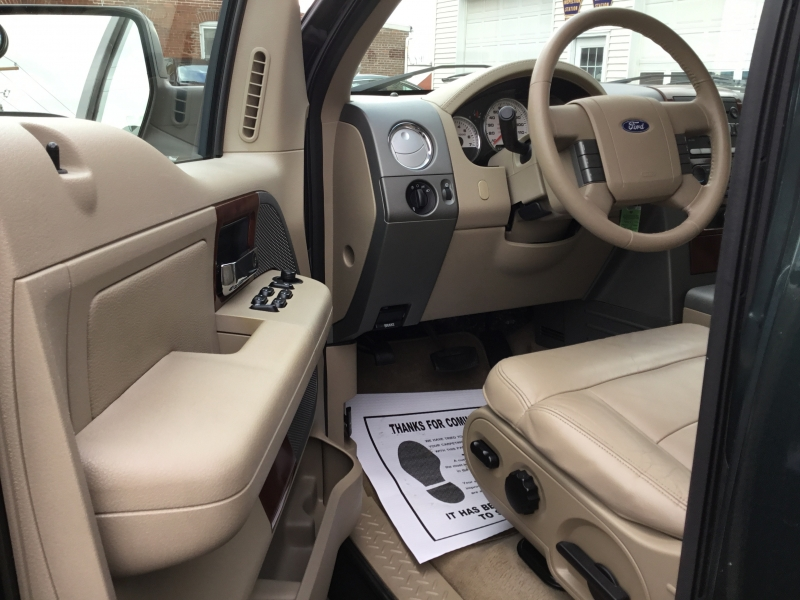 Ford F-150 2005 price $11,995