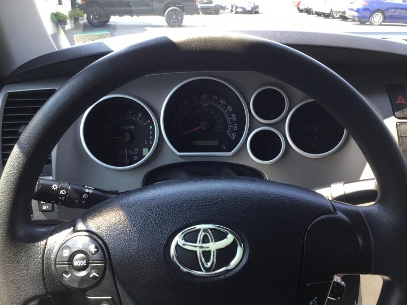 Toyota Tundra 4WD Truck 2011 price $18,995