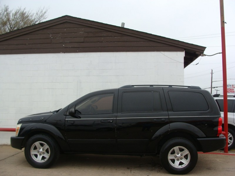 Dodge Durango 2005 price $1000 Down $100 x Wk