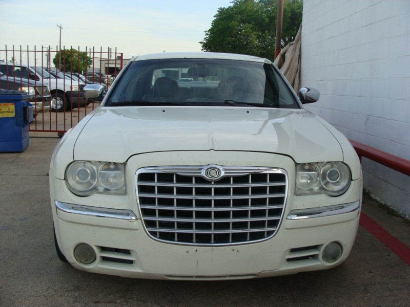 Chrysler 300 2007 price $999 Down