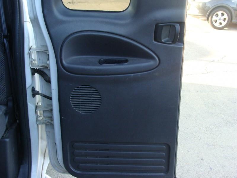 Dodge Ram 1500 2000 price $1990 Cash
