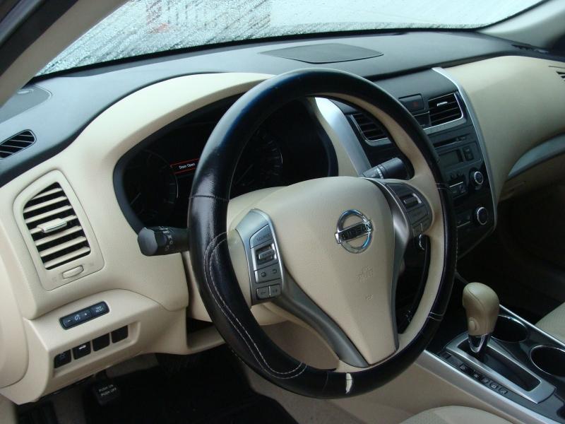 Nissan Altima 2014 price $999 Down
