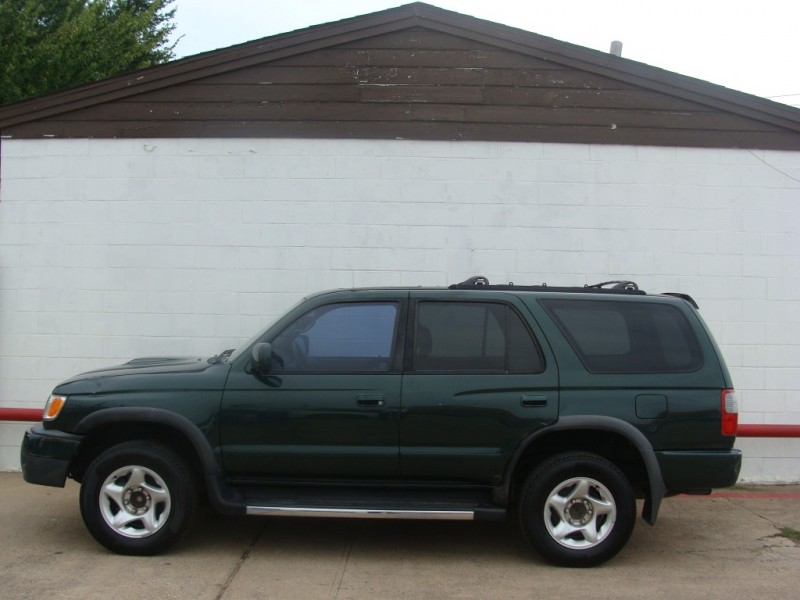 Toyota 4Runner 1999 price $750 Down +T.T.&L. W.A.C.