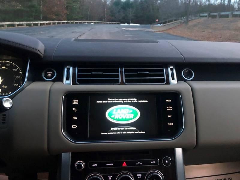 Land Rover Range Rover 2015 price $34,997