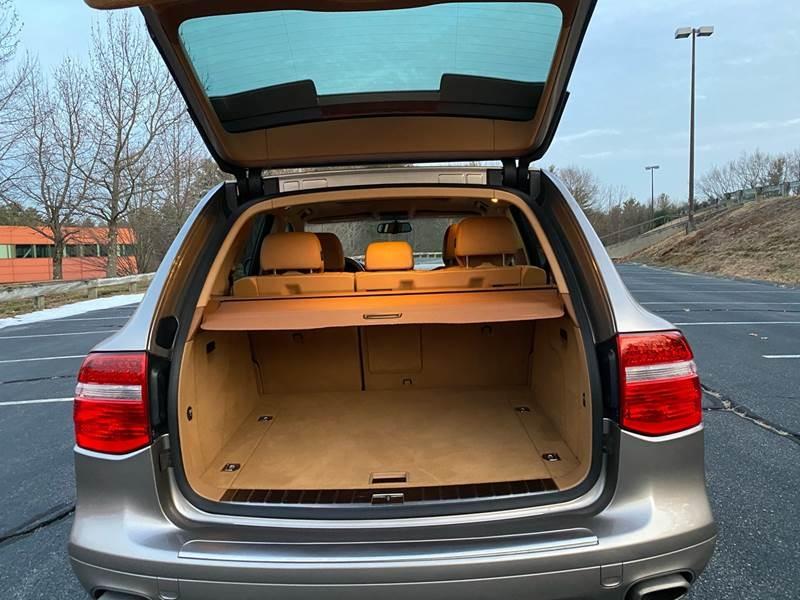 Porsche Cayenne 2008 price $8,997